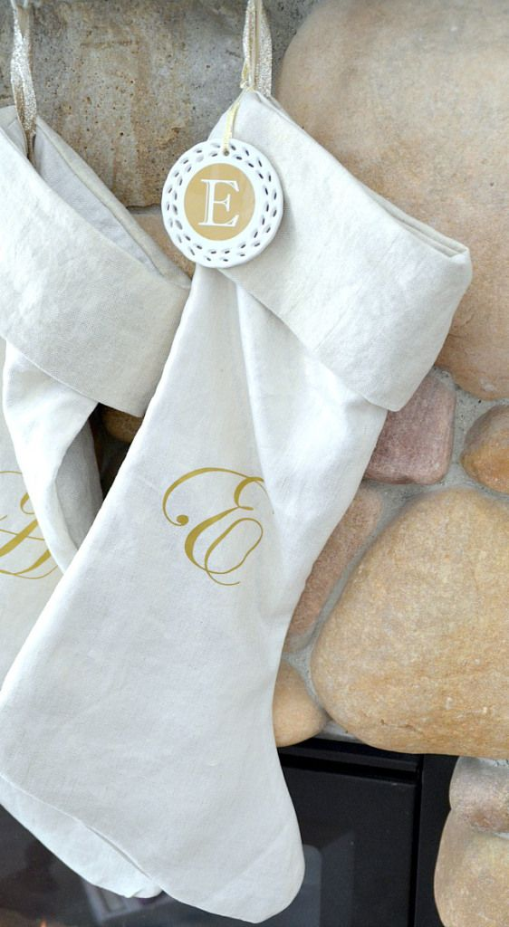 Metallic Stockings & Mantel! -- Tatertots and Jello #DIY #Gold