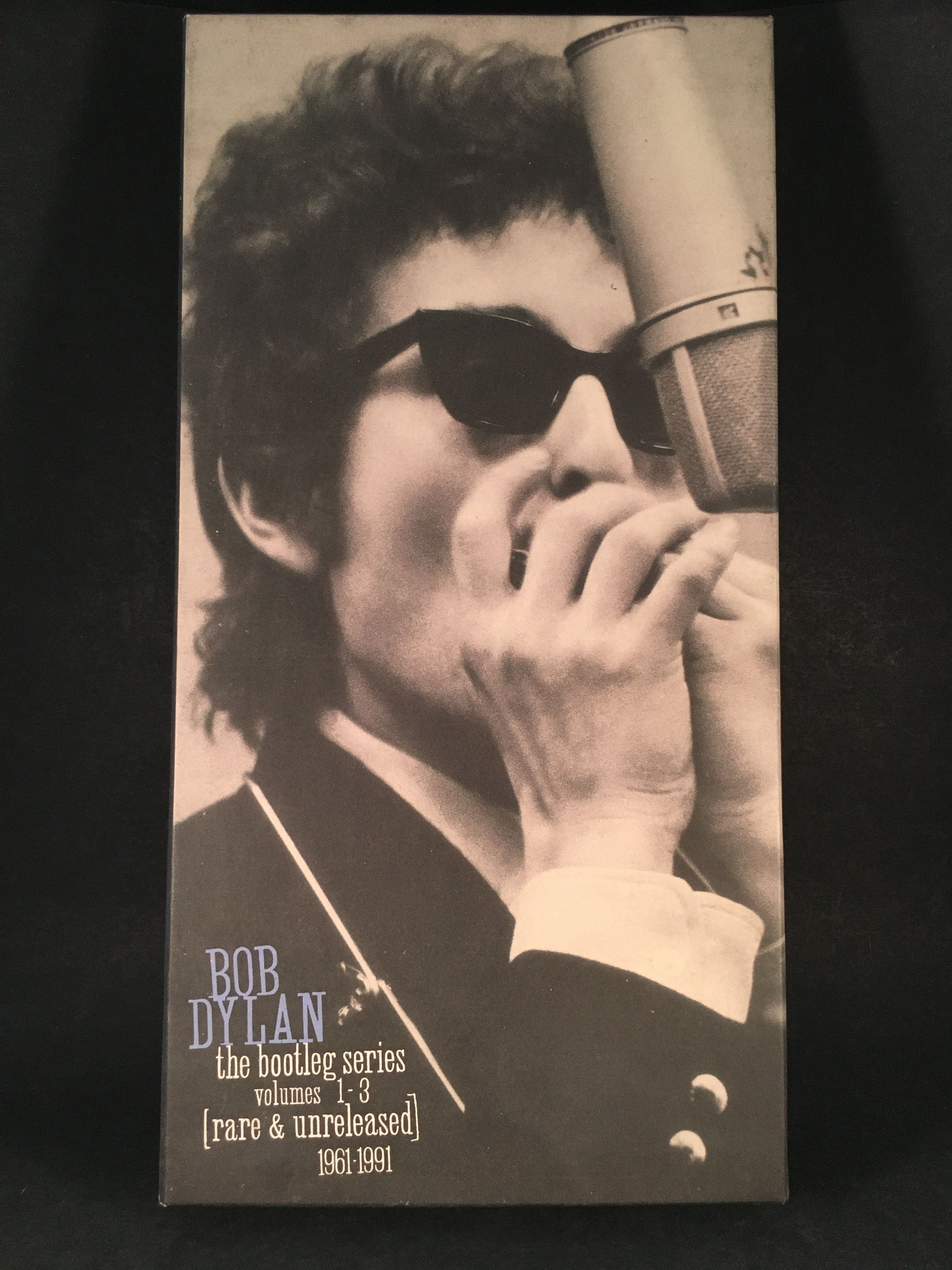Bob Dylan The Bootleg Series Vol 1 3 Rare And Unreleased 1961 1991 Cassette Box Set Products Bob Dylan Lp Vinyl Bruce Springsteen