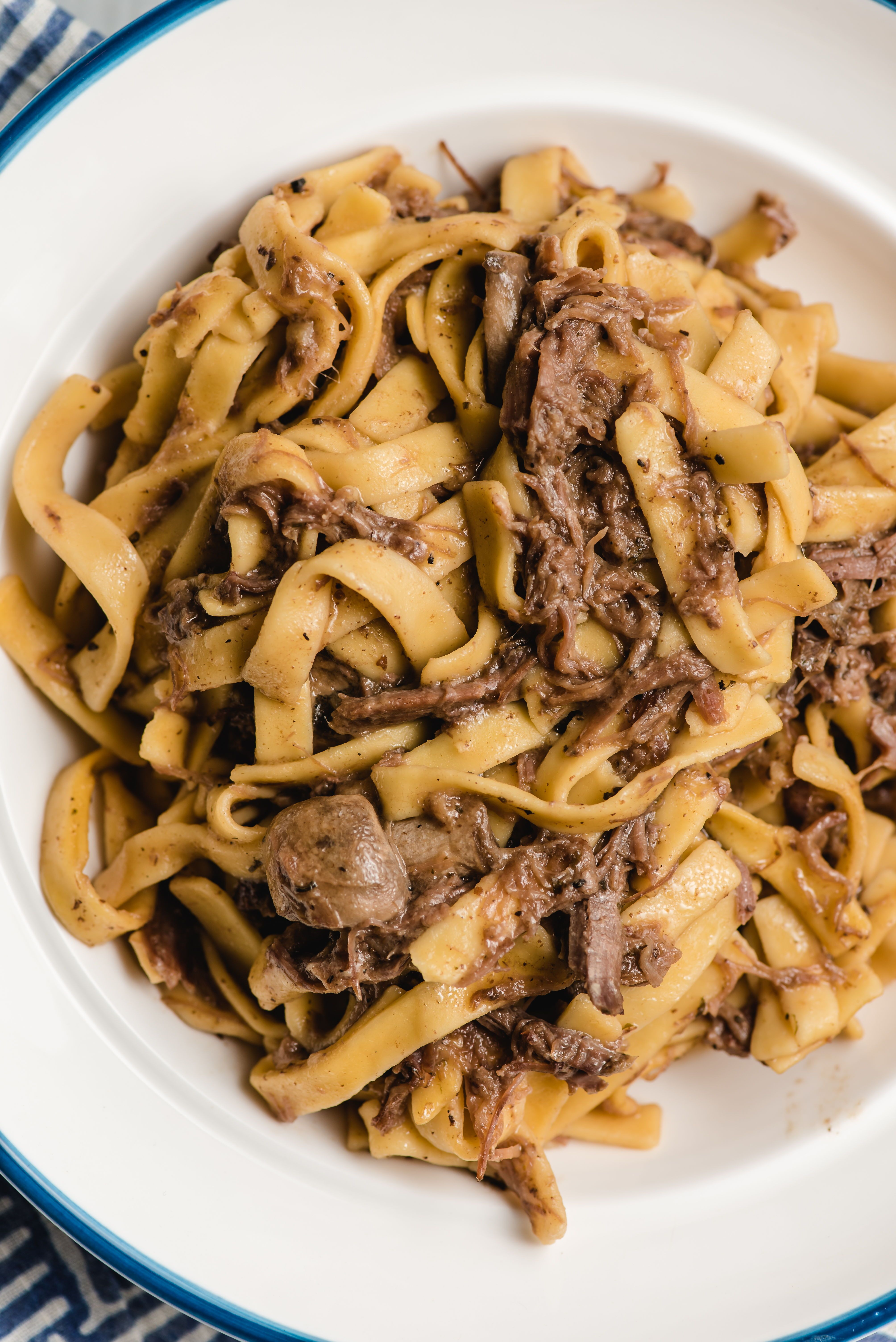 Crock Pot Beef And Noodles In 2020 Slow Cooker Beef Beef And Noodles Perfect Pasta Recipe