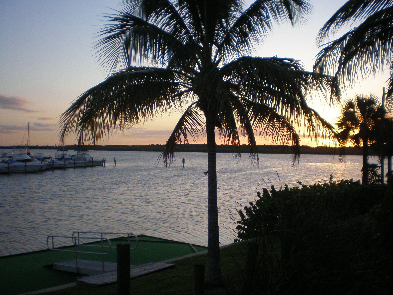 Serenity! StPete Beach Sunset. Florida city, Beach