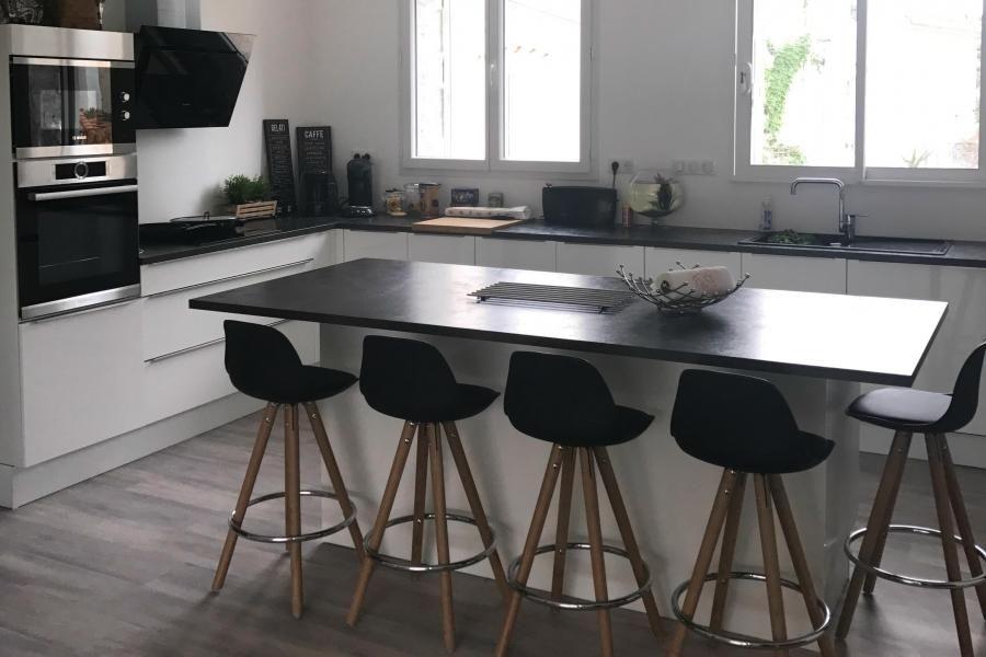 cuisiniste pontivy nous situer great carrelage plan de. Black Bedroom Furniture Sets. Home Design Ideas