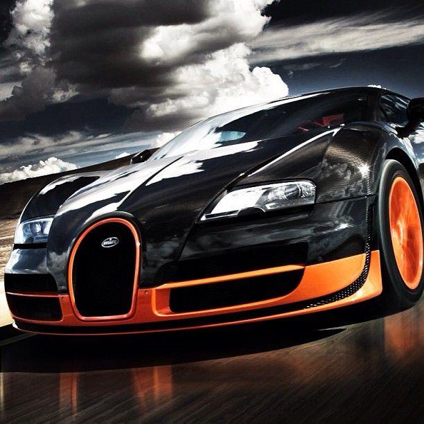 Koenigsegg Ccxr Vs Bugatti Veyron: Epic Shot Of A Bugatti Veyron