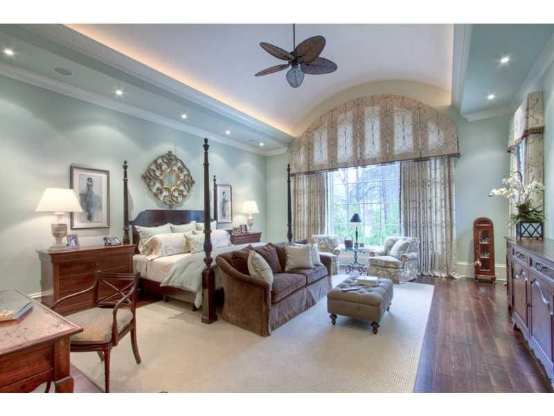 spacious master elegant bedroom design beautiful on discover ideas about master dream bedroom id=14630