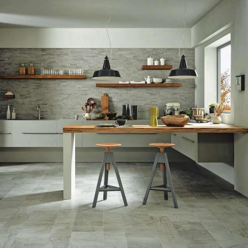 Risultati immagini per piastrelle cucina bianca e legno | Home Sweet ...