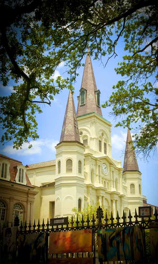 April #NewOrleans Trip Idea via @carryon_travel #travelsocial