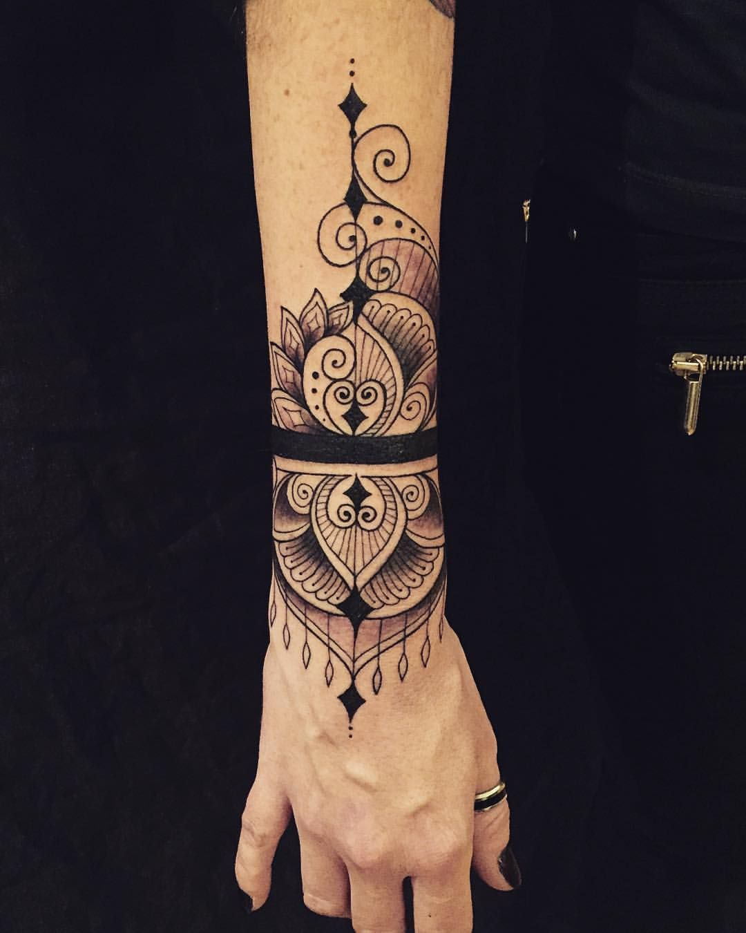 lotus mandala cover up on the lovely sarah inspired by a. Black Bedroom Furniture Sets. Home Design Ideas
