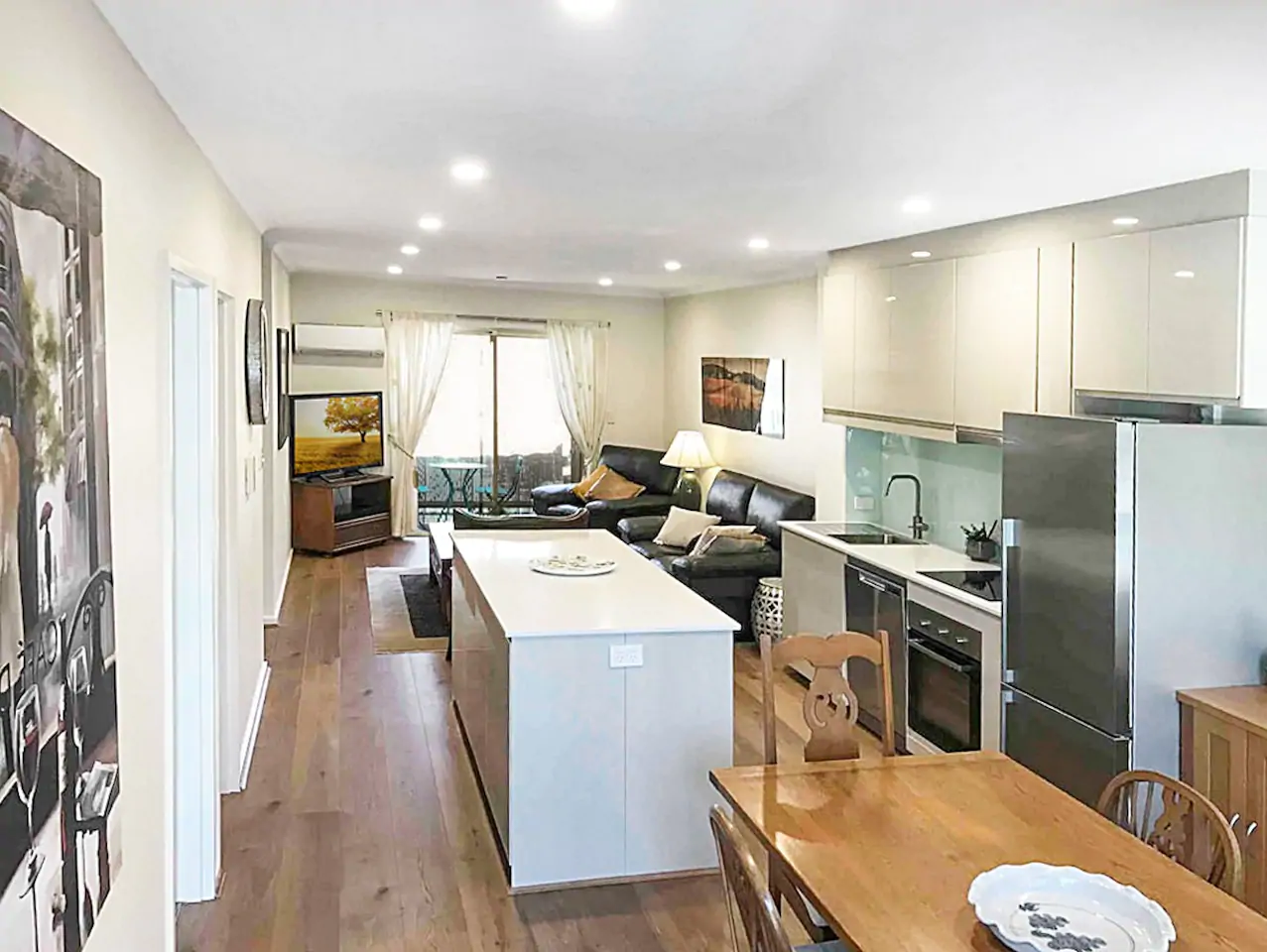 ★Adelaide★ Central Apt with Wi-Fi, Netflix,Parking ...