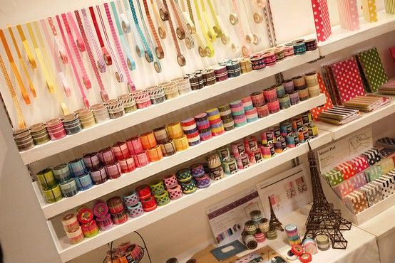 Oh how I want all these pretty washi tapes n then some!