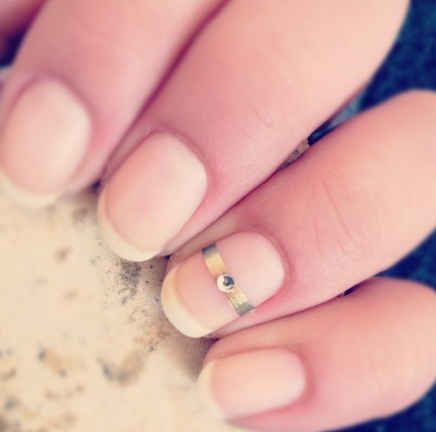 Say yes to this simple, yet adorable, engagement mani.