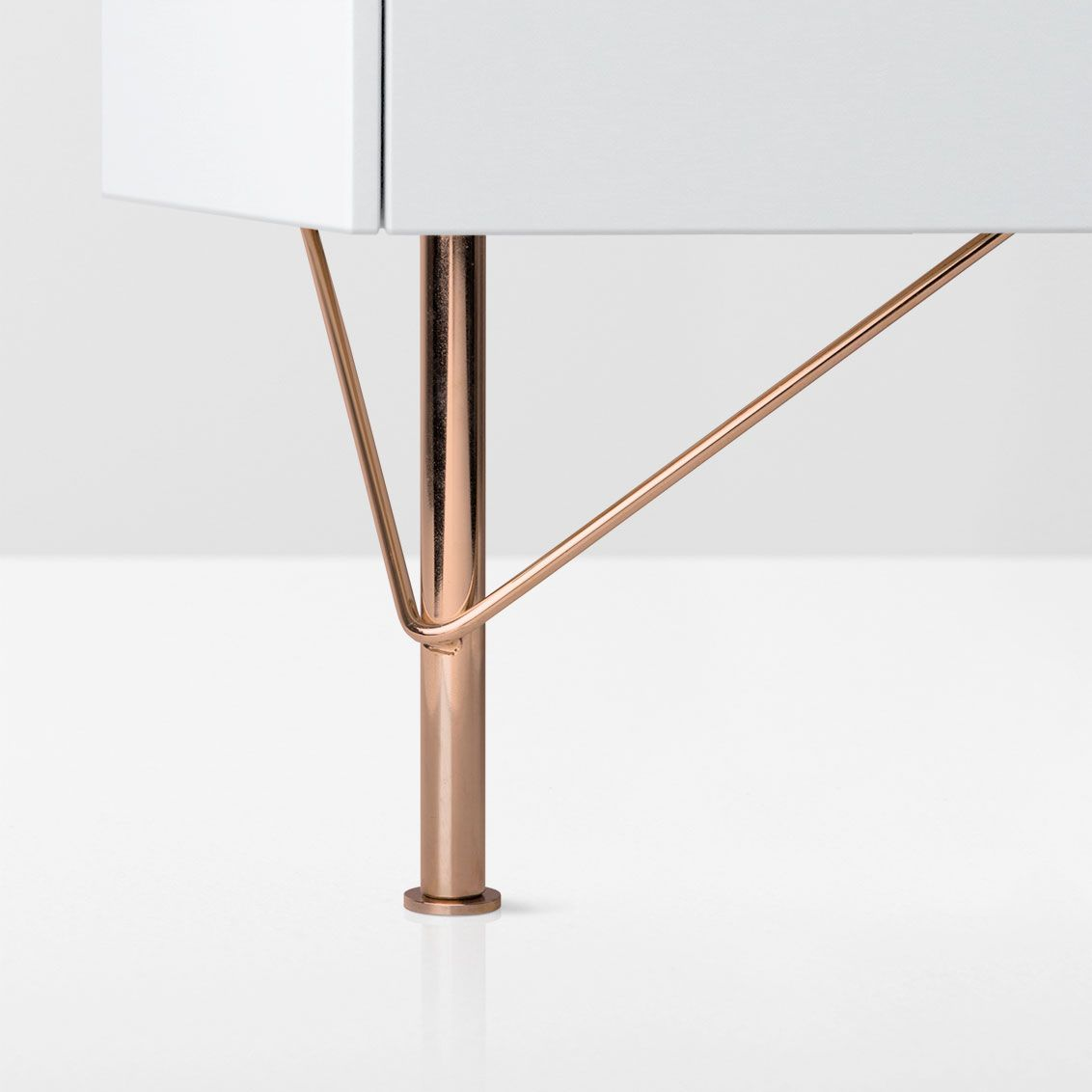 Slender Low Metal Furniture Legs Brass Furniture Legs