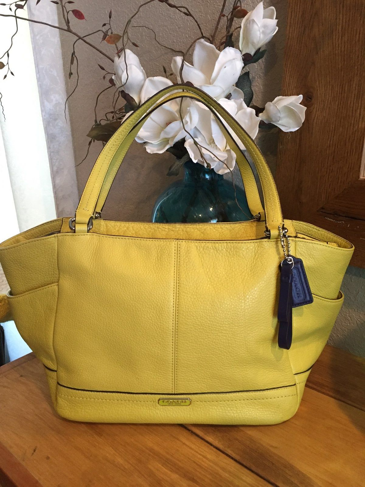 Coach Lime Green Color Beautiful Soft Leather Navy Blue Logos
