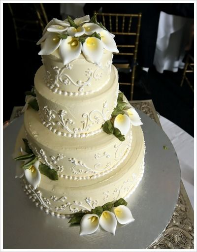 Individual Wedding Cakes On Each Table Pictures Of Calla Lily - Calla Lilly Wedding Cake