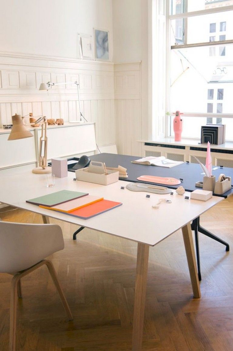 55 Awesome And Subtle Home Office Scandinavian Design Ideas Home Office Design Cheap Office Furniture Scandinavian Office