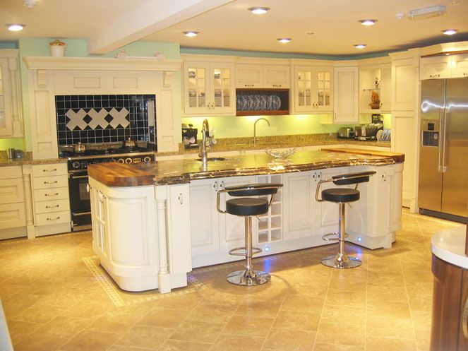 Hand painted kitchens Cabinets Pinterest Kitchens, Small