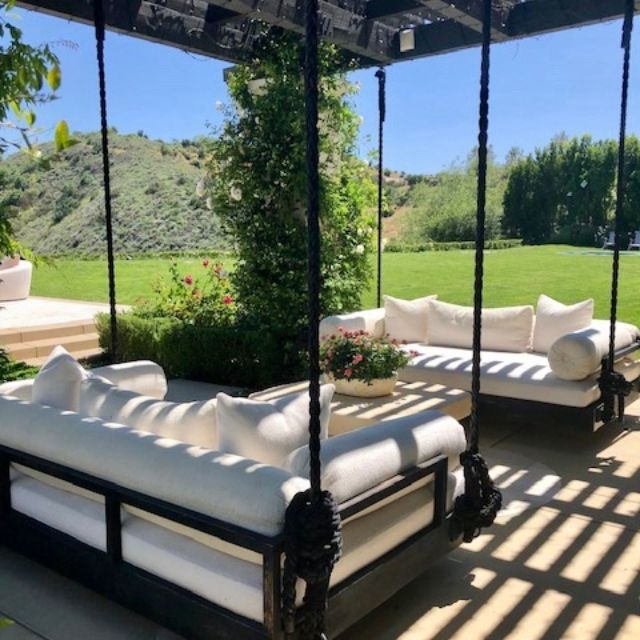 Photo of Look Inside Khloe Kardashian's $18.95M Calabasas Home