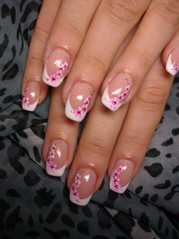 Pink small flowers on nails   French nägel frühling ...