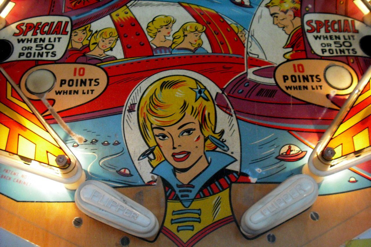 Awesome pinball playfield Pinball art, Pinball, Pinball