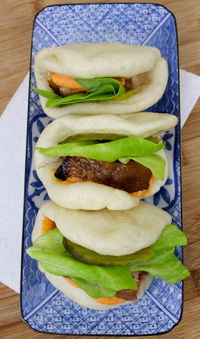 Momfuko style steamed buns with braised pork belly entrees asian this recipe for momfuko style steamed buns with braised pork belly are like a japanese big mac that you can make at home forumfinder Choice Image