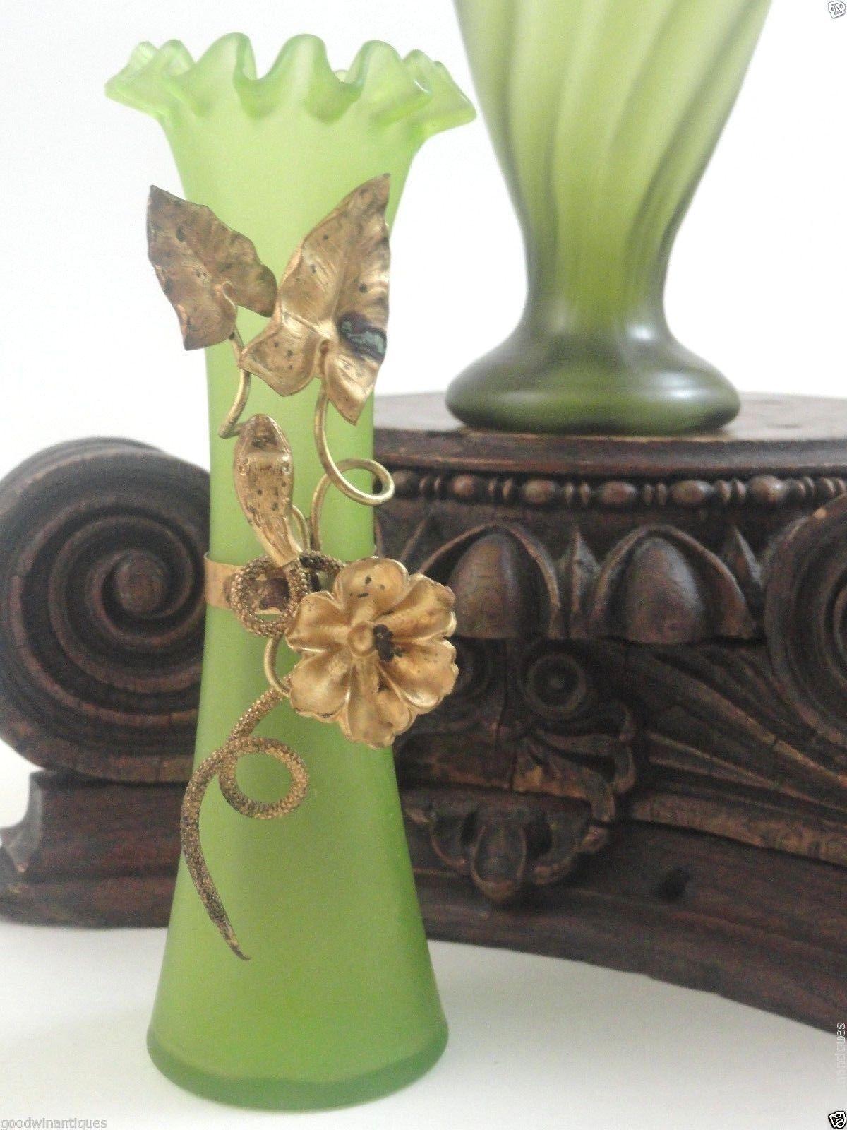 Antique bohemian kralik art nouveau glass vase w gold serpent antique bohemian kralik art nouveau glass vase w gold serpent snake floral motif reviewsmspy