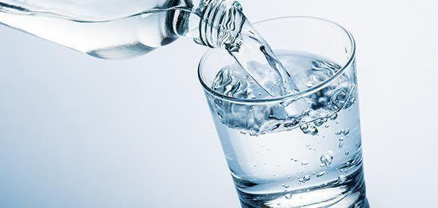 5 conseils pour boire plus d'eau au quotidien