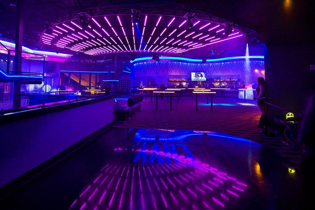 """Résultat de recherche d'images pour """"night club bar"""""""