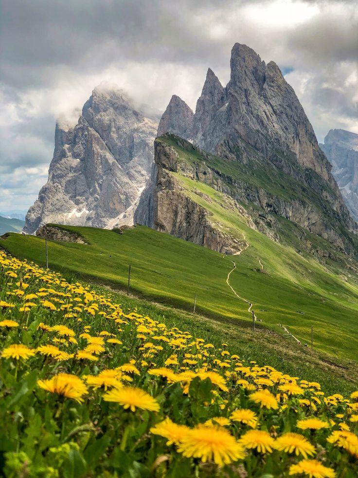 Hüttenwanderung- Seiser Alm - 3 atemberaubende Tage durch das Herz der Dolomiten — dreitageweg.com