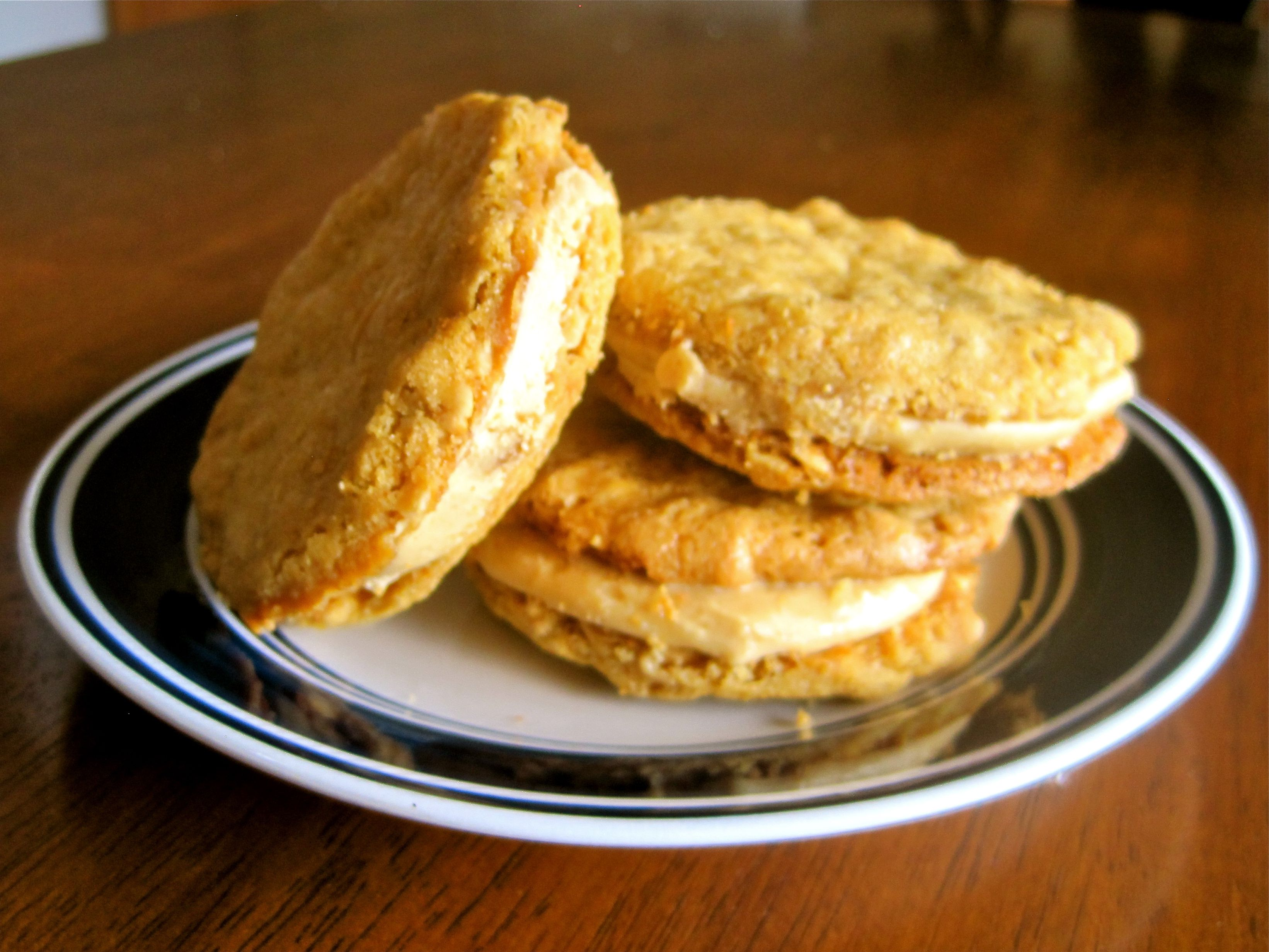 Peanut Butter Sandwich Cookies  - Delicious, Crunchy, and Super Peanut Buttery!