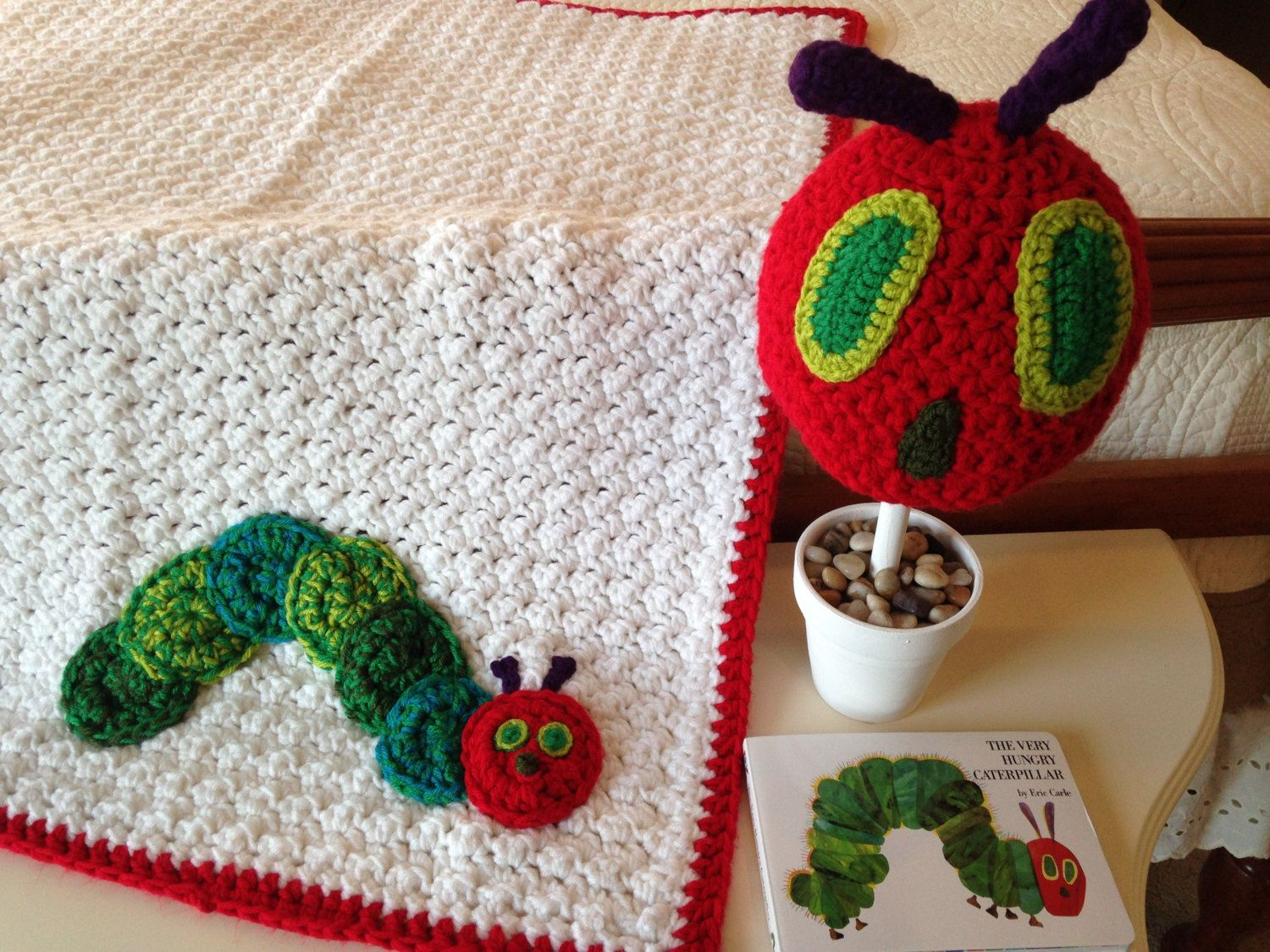 The Very Hungry Caterpillar inspired blanket, Unique Baby Shower ...