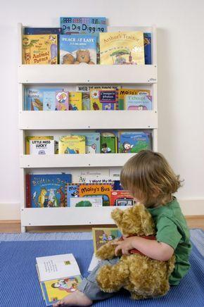 Aufbewahrung Im Kinderzimmer | Preisgekröntes Bücherregal Für Ca. 80  Bücher, Weiss, Aus Holz