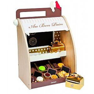 Portable Wooden Bakery Shop cakepins.com