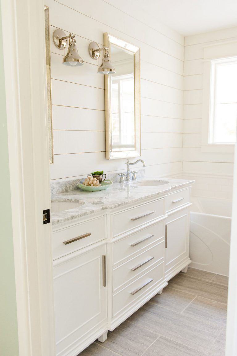 The Ultimate Guide To Buying A Bathroom Vanity The Harper House Bathroom Vanity Designs Small Bathroom Vanities Double Vanity Bathroom [ 1154 x 768 Pixel ]