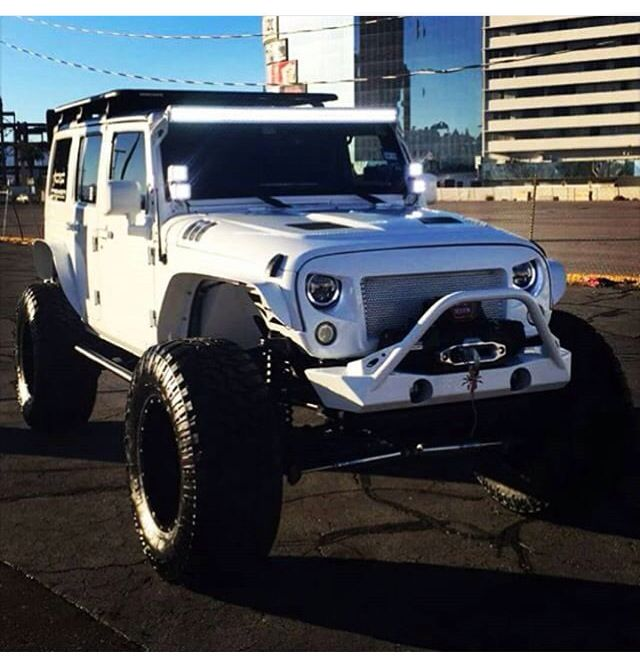 White Jeep With Wide Tires Cool Jeeps Lifted Jeep Jeep Camping