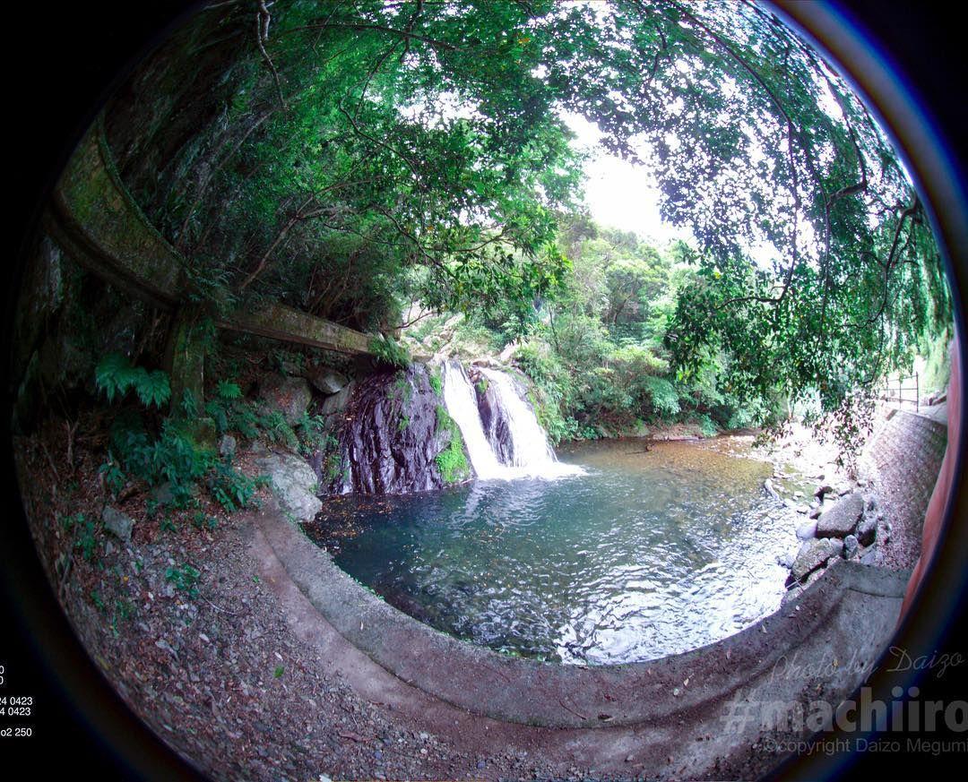 entapano2で水路側からアランガチの滝を撮影しました entapano インタパノ 魚眼レンズ マチイロ machiiro fisheye 写真 photo vr 魚眼レンズ 滝 waterfall 奄美大島 amami 宇検村 waterfall outdoor amami