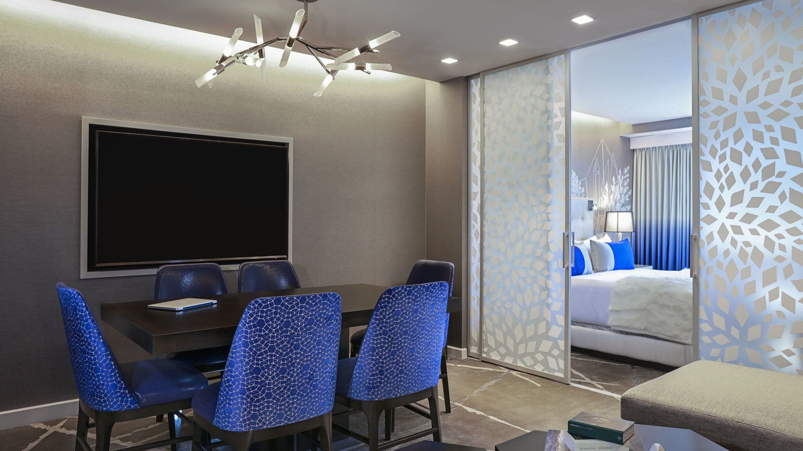 Tremendous Executive Suite The Cosmopolitan Of Las Vegas Hotel Squirreltailoven Fun Painted Chair Ideas Images Squirreltailovenorg