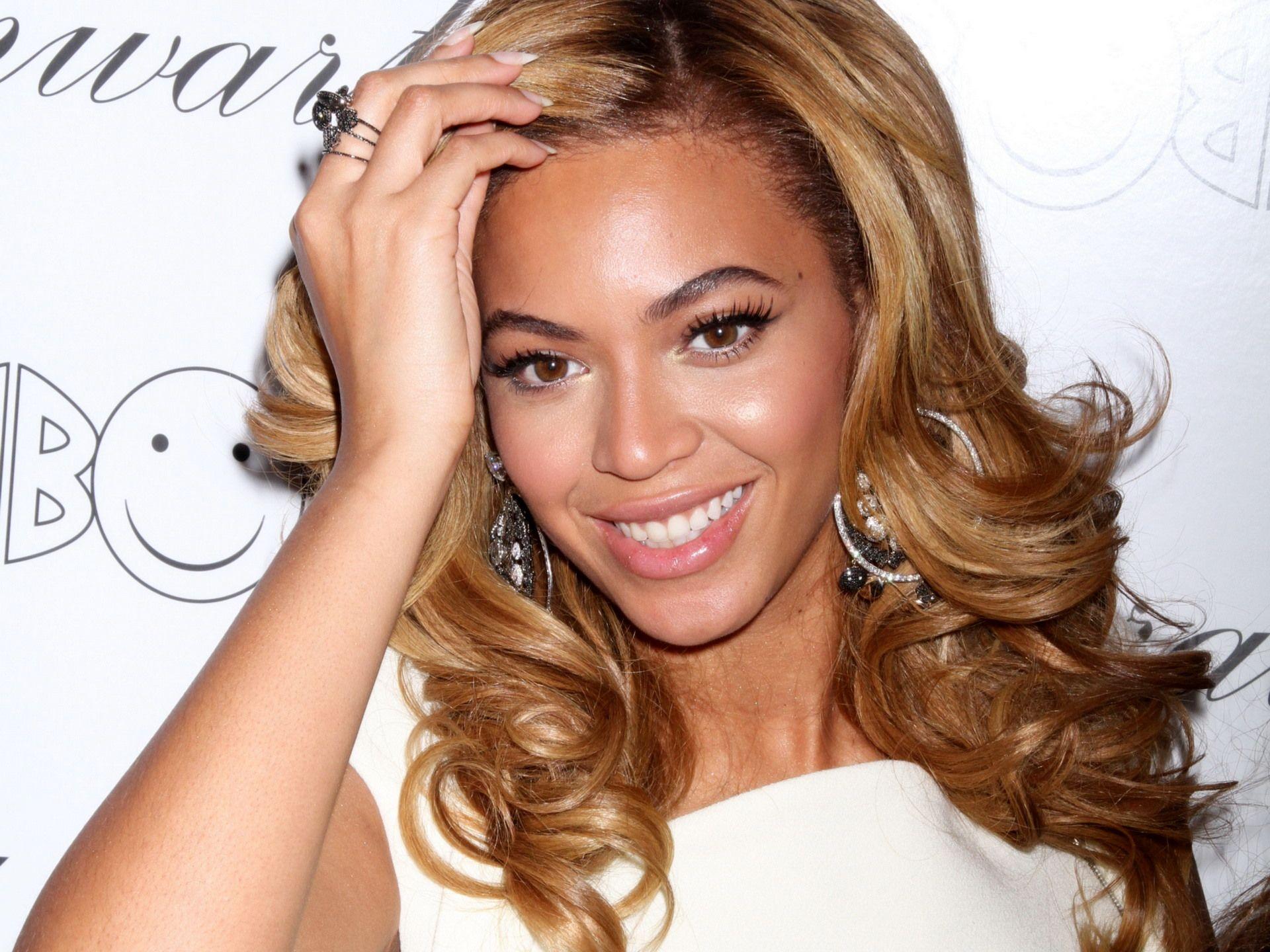 Beyonce Without Makeup 2013