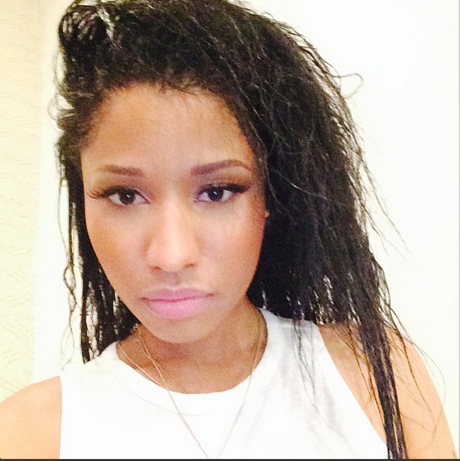 Nicki Minaj S Almost Natural Look Its Nicki Duh
