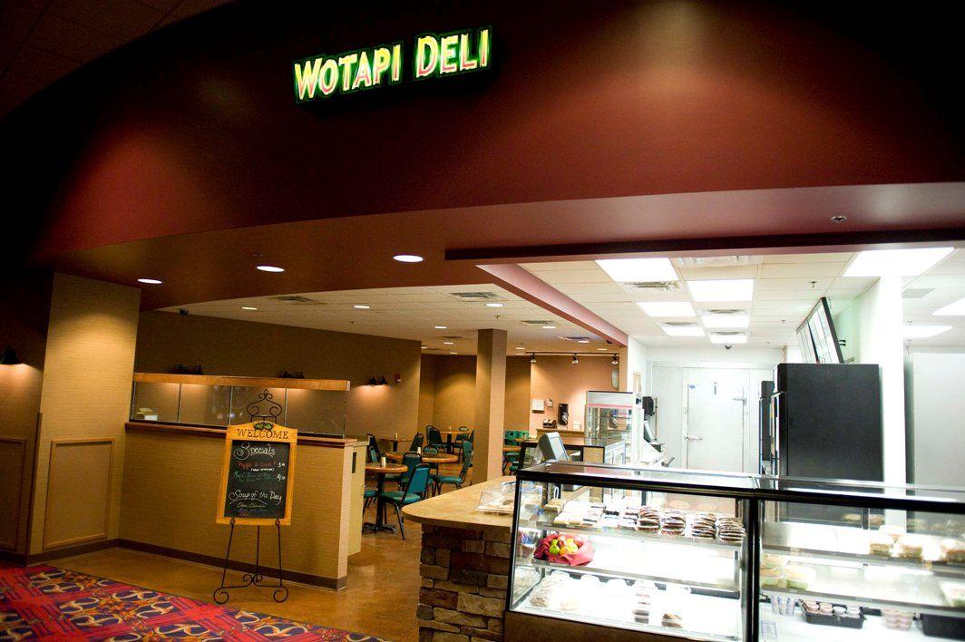 Wotapi Deli Deli, Lunch specials, Hotel