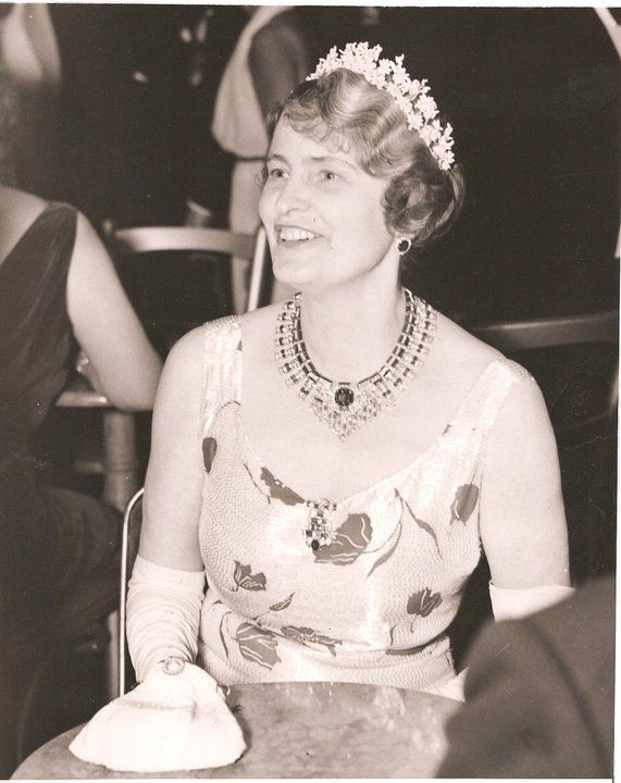 Marjorie Merriweather Post Jewels The Cartier Necklace Royal Jewels Women High Society