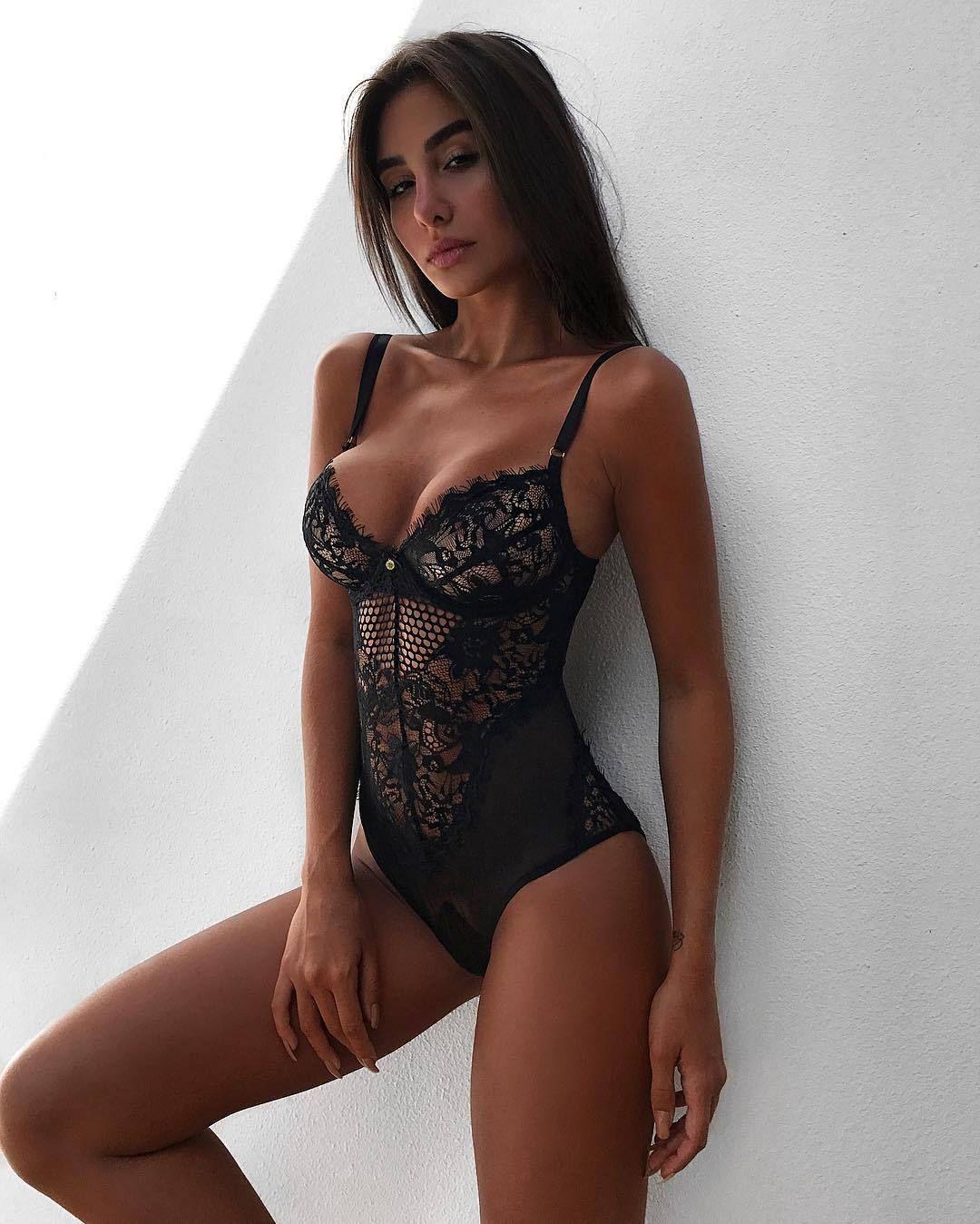 MILF pornostjerne hot brunette