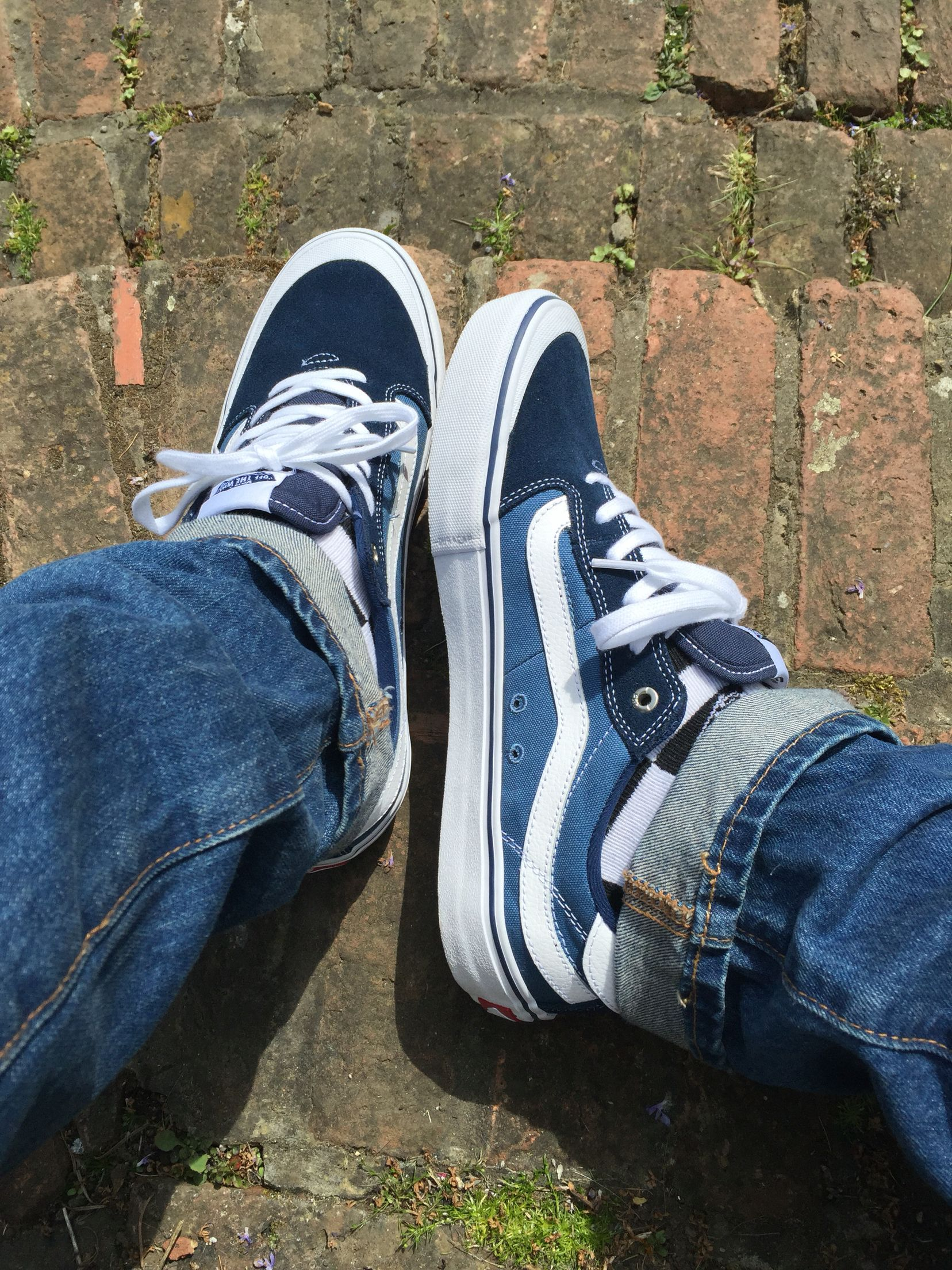 80569545c1 Vans style 112 on feet