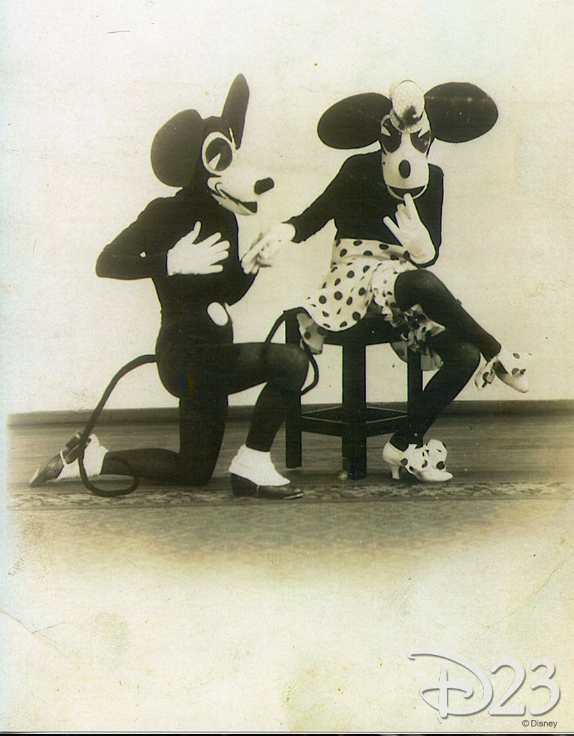Pin By Abigail Campbell On Walt Disney World 3 Mickey Mouse