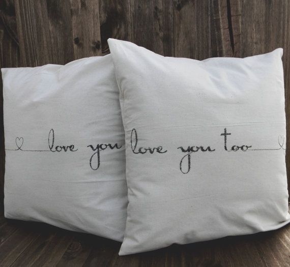 Federe Cuscini Love.Throw Pillow Set Love You Love You Too Calligraphy Choose Your