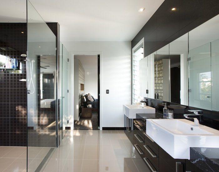 schöne bäder in weiß und braun, bad mit duschkabine und ...