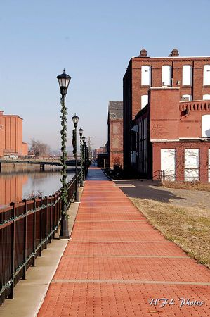 Community Snapshot Share Your Holyoke Photos With Images Holyoke Massachusetts Holyoke Canals
