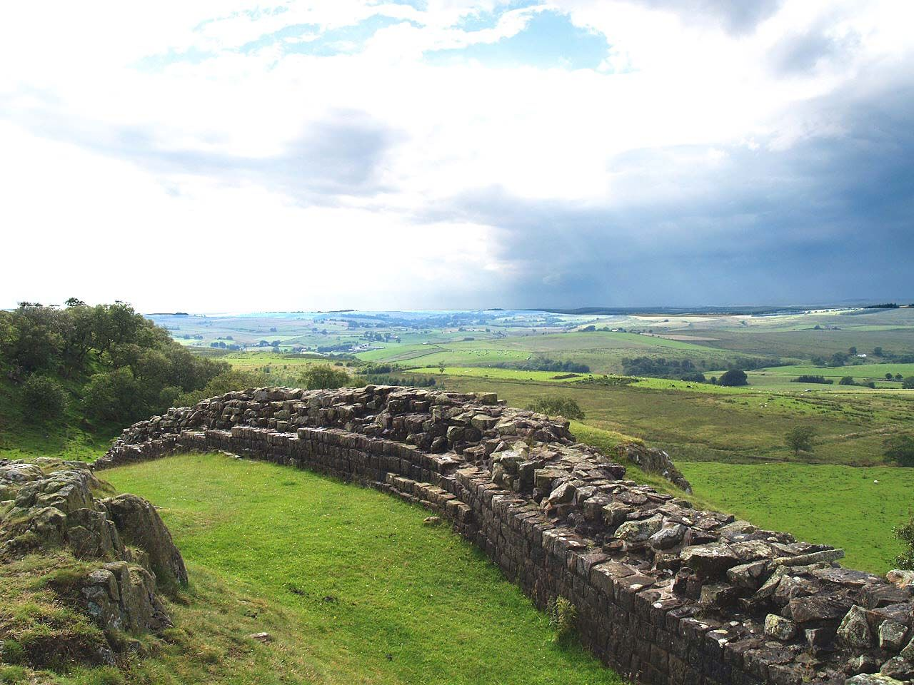 Northumberland, Greenhead, Walltown Crags, Hadrian's Wall and Vista