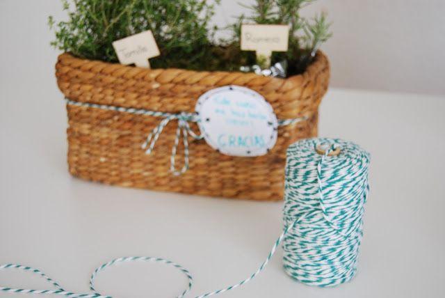 regalos para profes que hacen crecer. Teacher, you made me grow happy this year. (present for teachers)