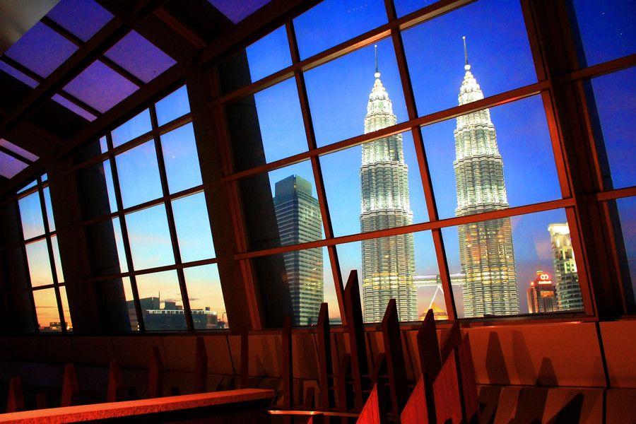 Skybar 33rd Floor by Emanuel Dicky on 500px