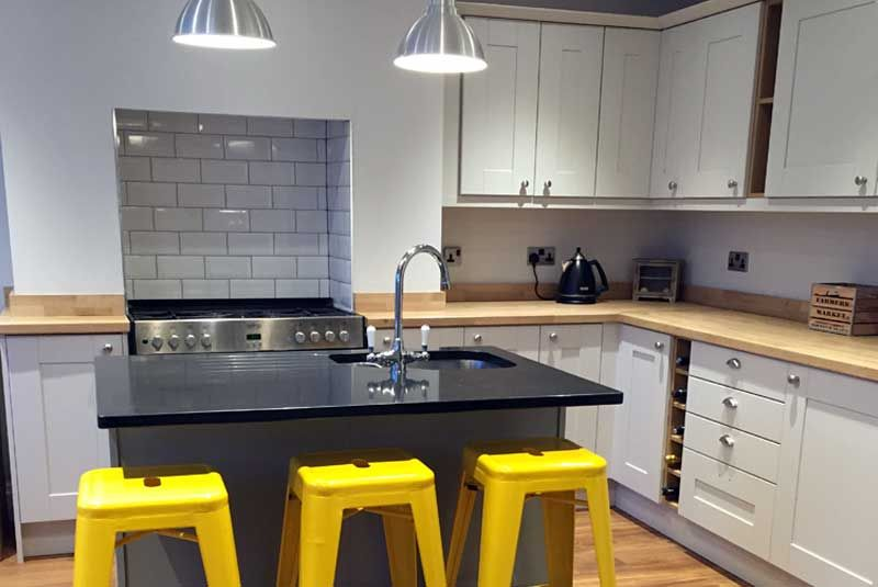 An Innova Linwood Painted Kitchen   Http://www.diy Kitchens.