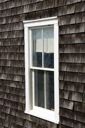 How To Darken A Faded Shingle Roof Cedar Shingle Siding Shingle Siding Cedar Siding