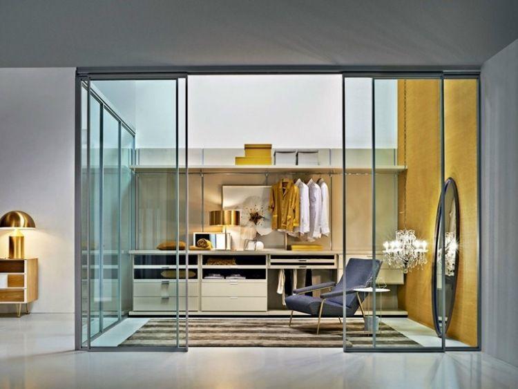 Epic Gliss von Molteni C kleiner begehbarer Kleiderschrank mit Glas Schiebet ren